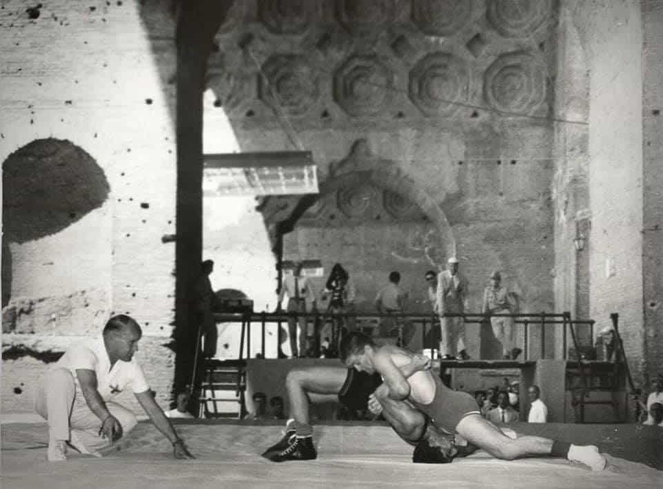 Olimpiadi Roma 1960: La lotta in uno scenario mozzafiato. 5