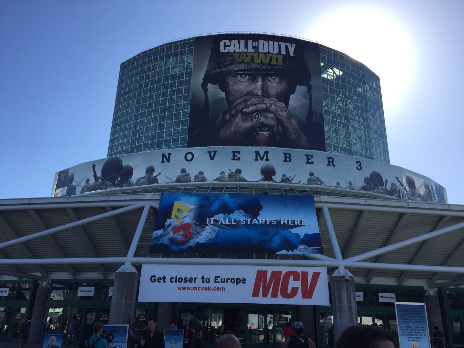 Glasnost bezoekt gamebeurs E3 in 'the City of Angels'