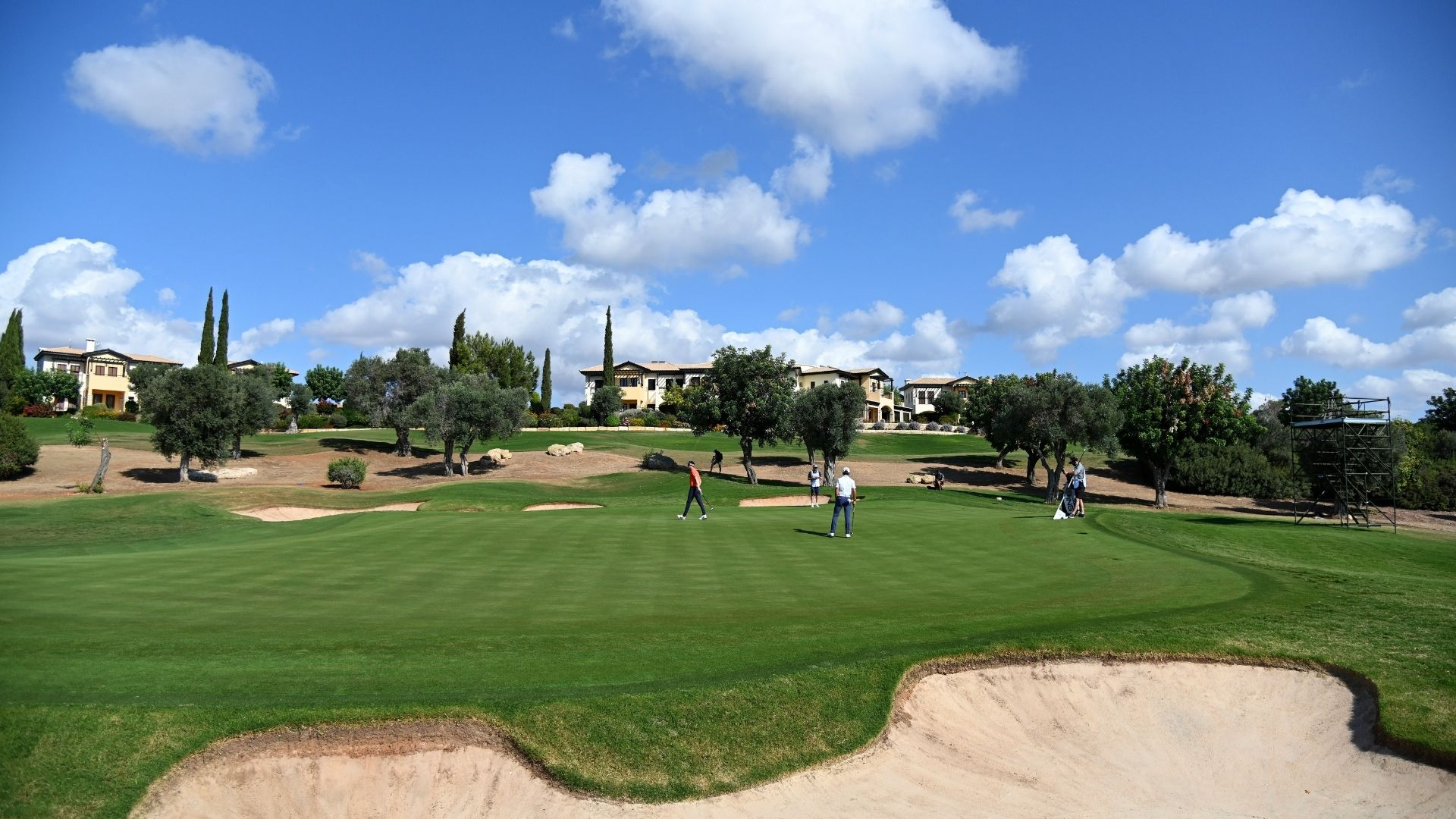 Golf and Corona in Europe