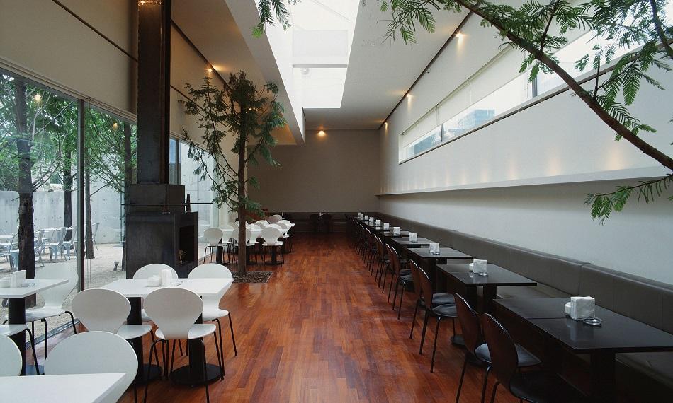 How To Market Your Restaurant To Get More People Through The Door