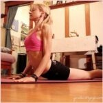 Yoga Cobra houding, massage voor de organen!