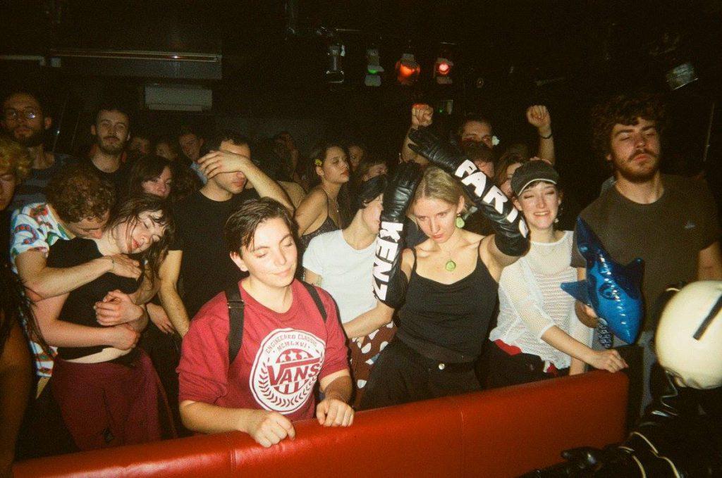 Au Club 56