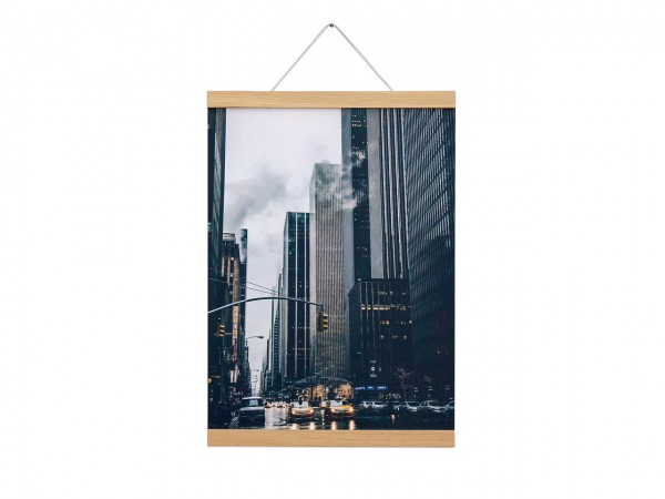 Set Poster & Hanger
