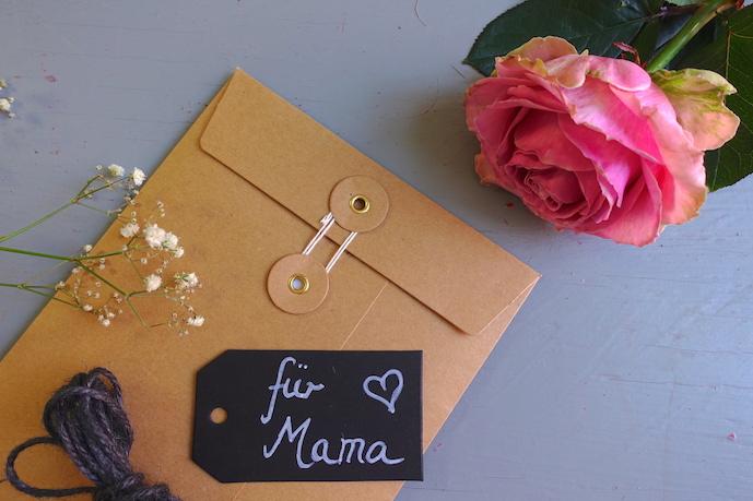 DIY-Geschenkverpackung-Umschlag-Natur