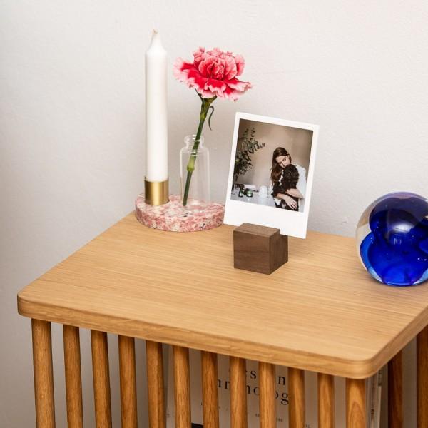 Fotoaufsteller - Holz (Nussbaum), mit Minivase