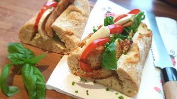 Hühnerbaguette-Tomate-Mozarella