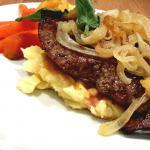 Kalbsleber-mit-Kartoffelstampf-und-karamelisiertem-Gemüse