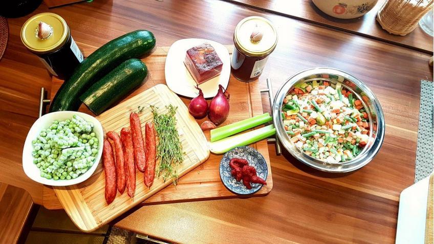 Zutaten-für-den-italienischen-Gemüseeintopf