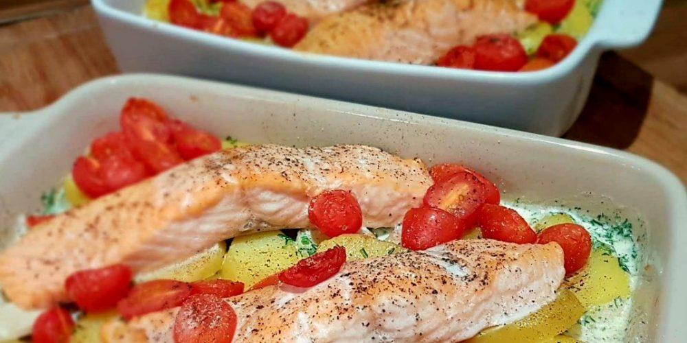 Lachs-Kartoffelgratin-in-einer-Dill-Sahnesauce