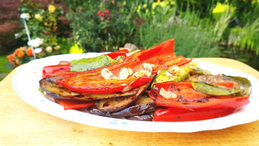 Grillgemüse-mit-herrlichem-Thymian-Knoblauch-Arome