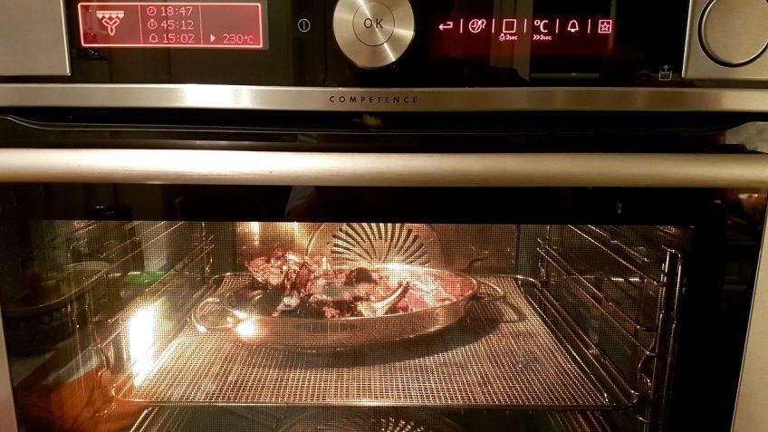 restliches-Fleisch-vom-Rehrücken-im-Ofen-rösten