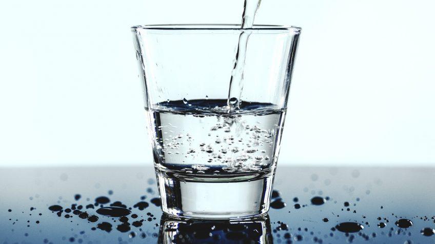 Trink-Wasser