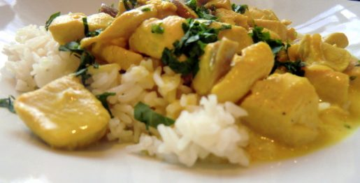 Hühnergeschnetzeltes in einer Curry-Sahne Soße