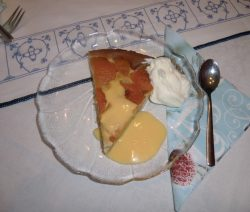 Versunkener Aprikosenkuchen