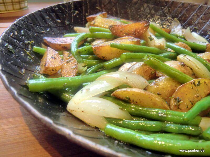 Kartoffelpfanne mit grünen Bohnen