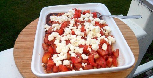 Tomatensalat in einer Balsamico-Vinaigrette