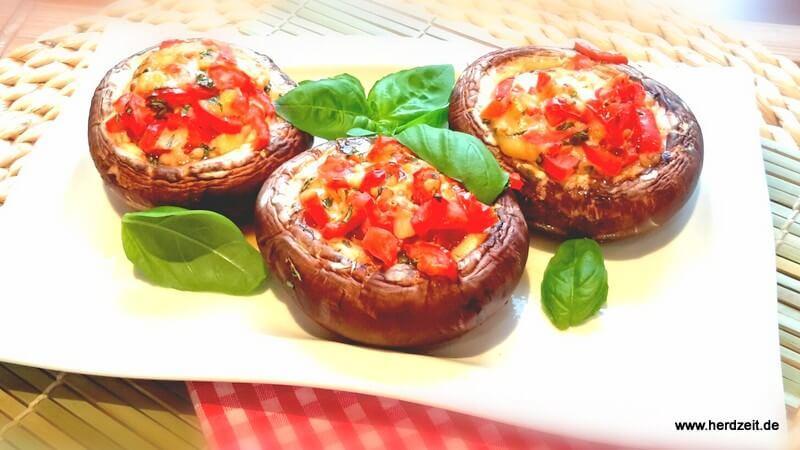 Gefüllte Pilze mit Tomate-Mozzarella
