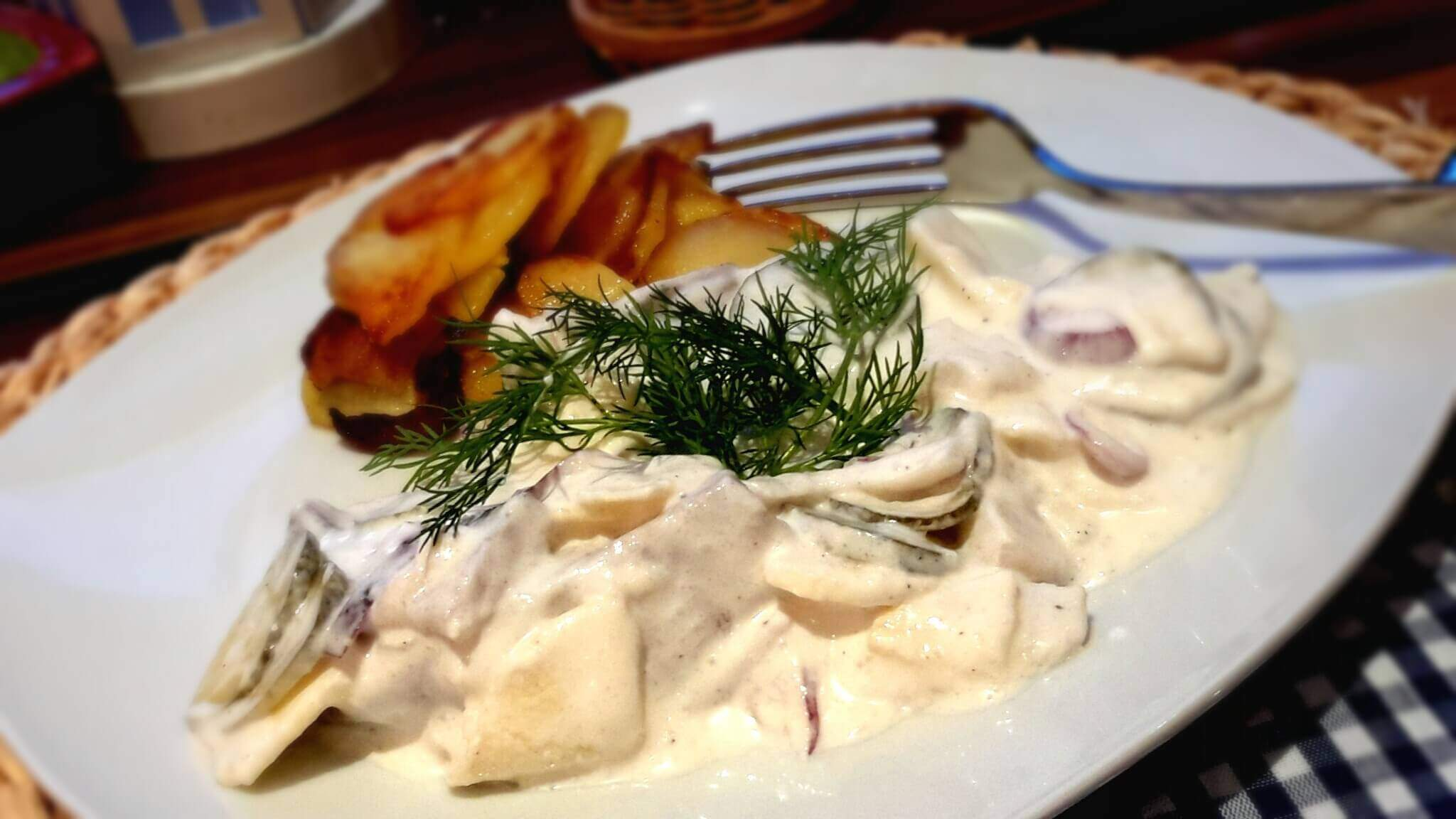 Herzhafter Matjeshering Salat