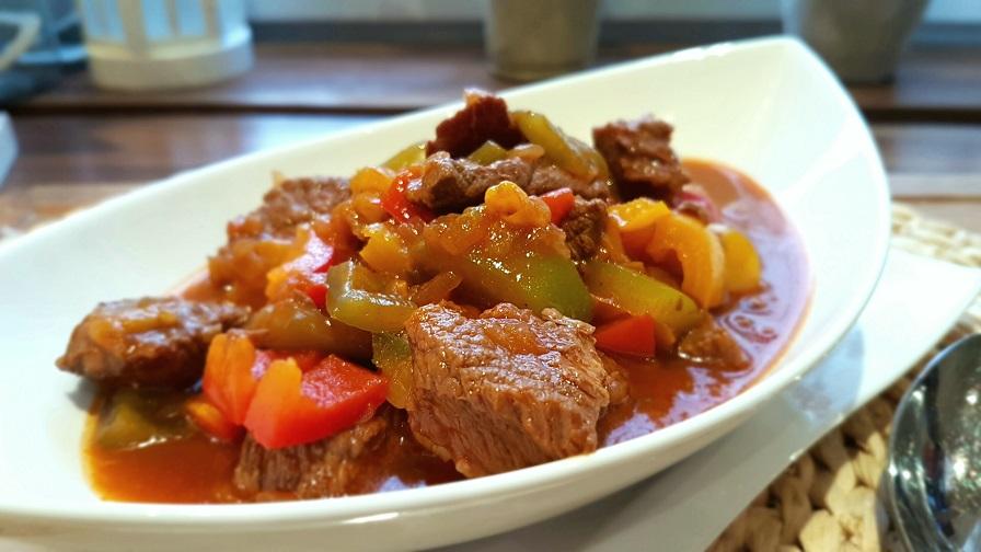 Ungarischer Gulasch – kräftig im Geschmack und einfach zu kochen