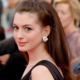 Anne Hathaway interview colossal and life