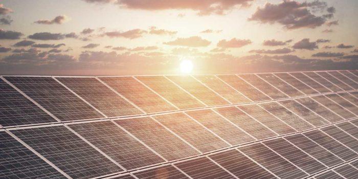 Vedvarende energi skaber vækst for Holtab i Danmark