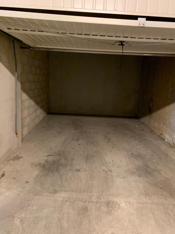 Vente box fermé garage 14 m² 13008 Marseille_4