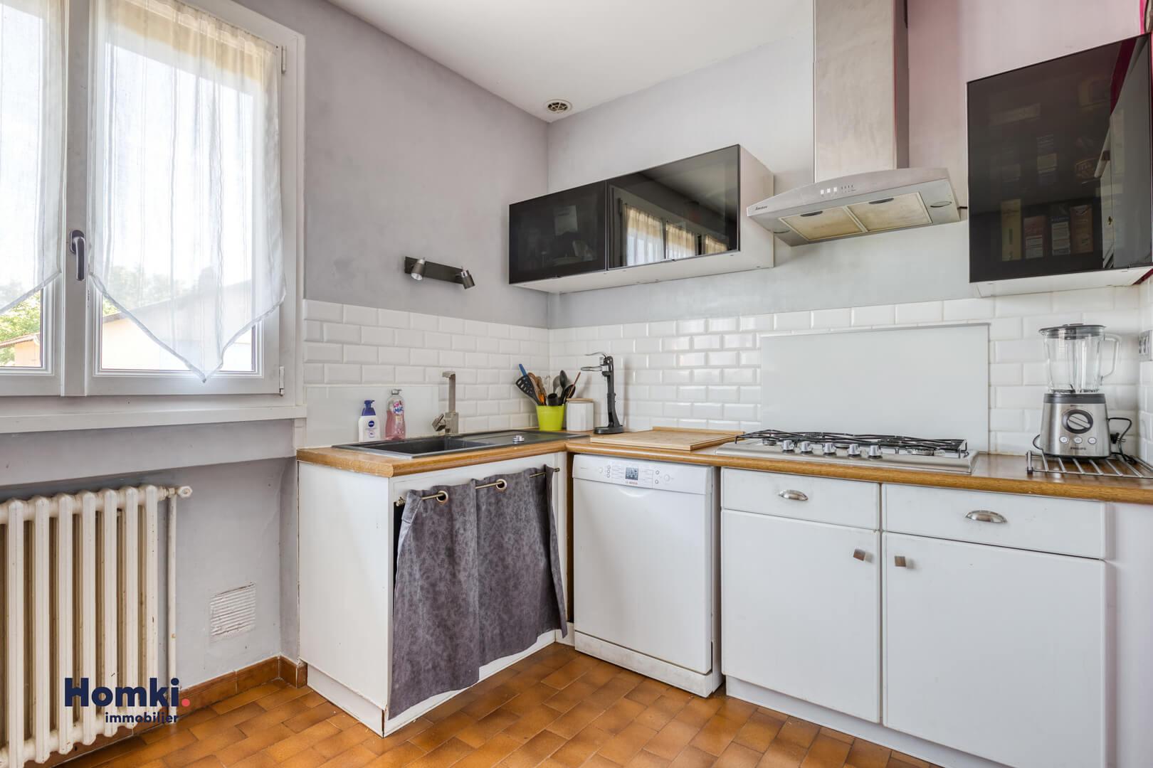 Vente maison 140m² T6 69800_6
