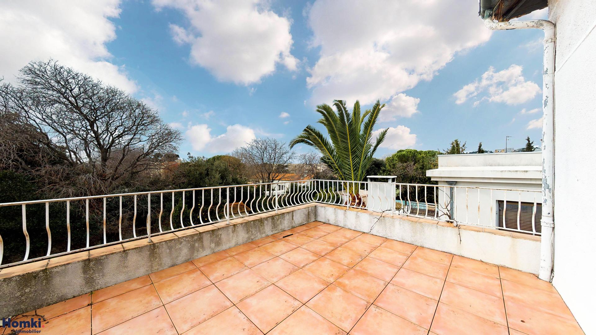 Vente Maison 179 m² T10 13008_12