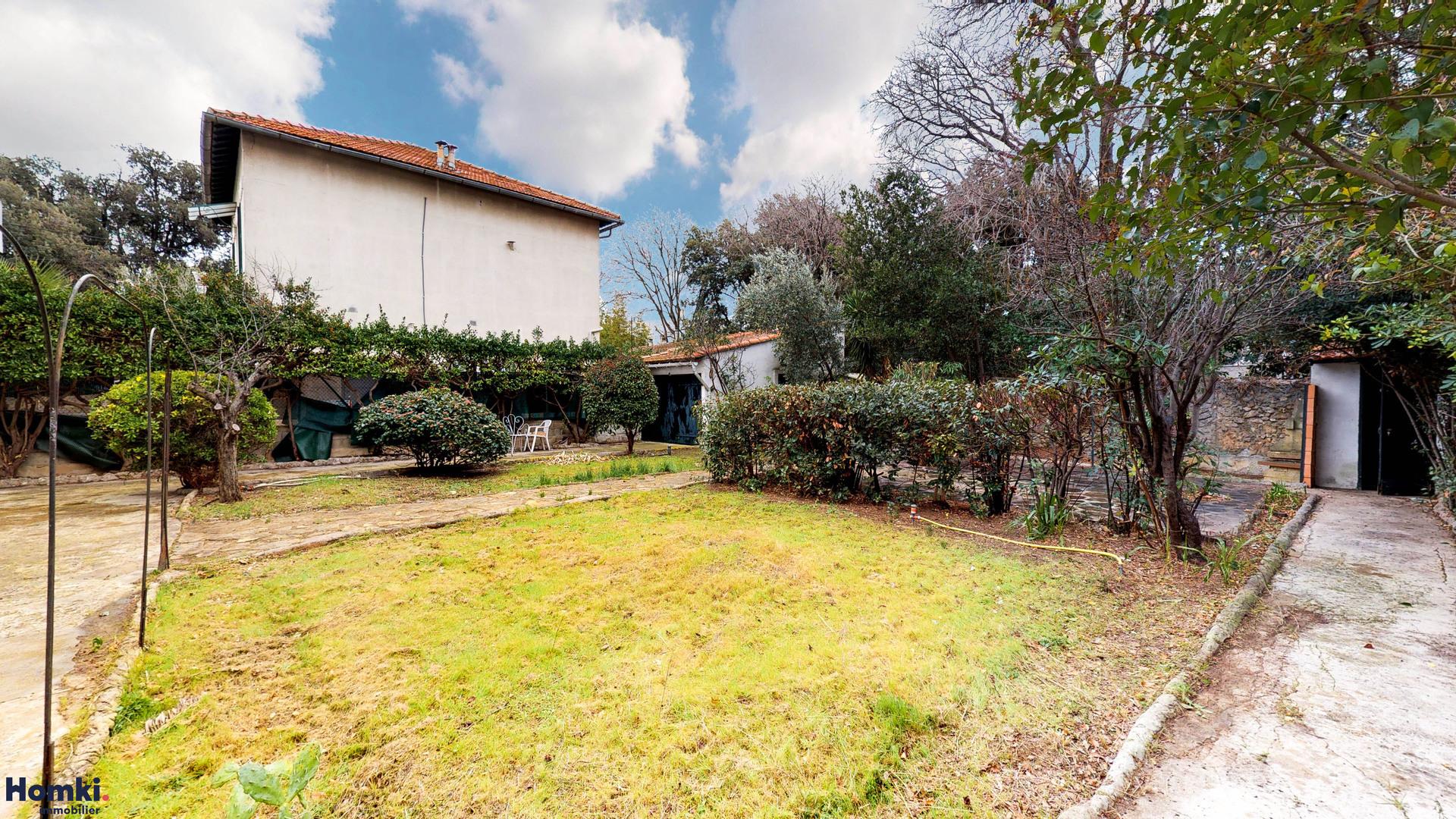 Vente Maison 179 m² T10 13008_14