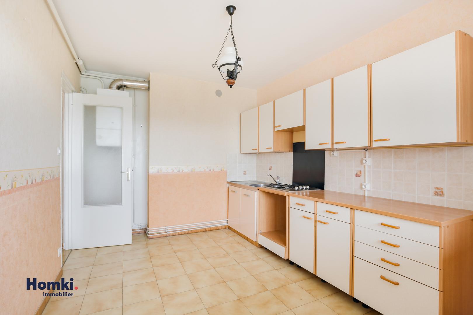 Vente appartement 75m² T4 69800_ 5