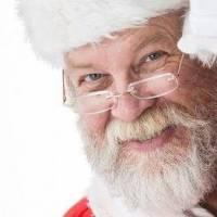 Moș Crăciun sosește în oraș