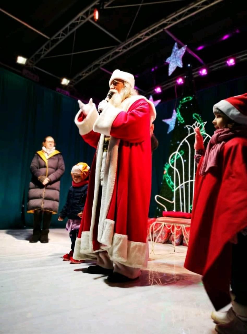 Santa is coming to town 2019 19-12-13 - Mosul a venit in Targoviste
