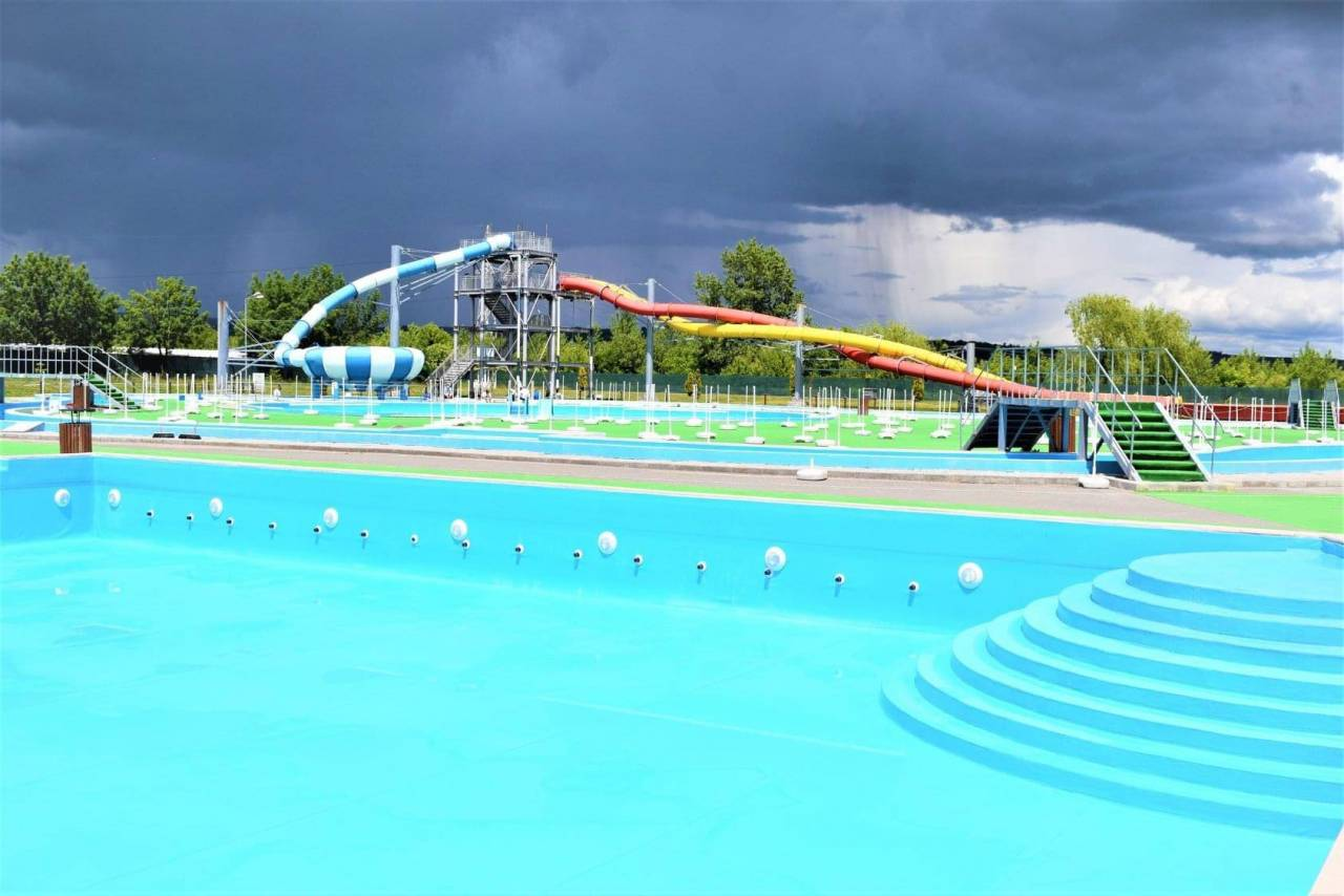 Complexul de natatie 20-05-31