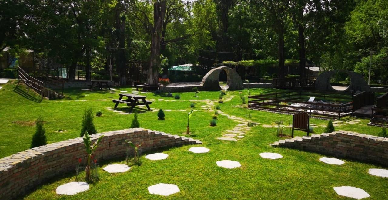 Imagini din Parcul Chindia 20-09-01