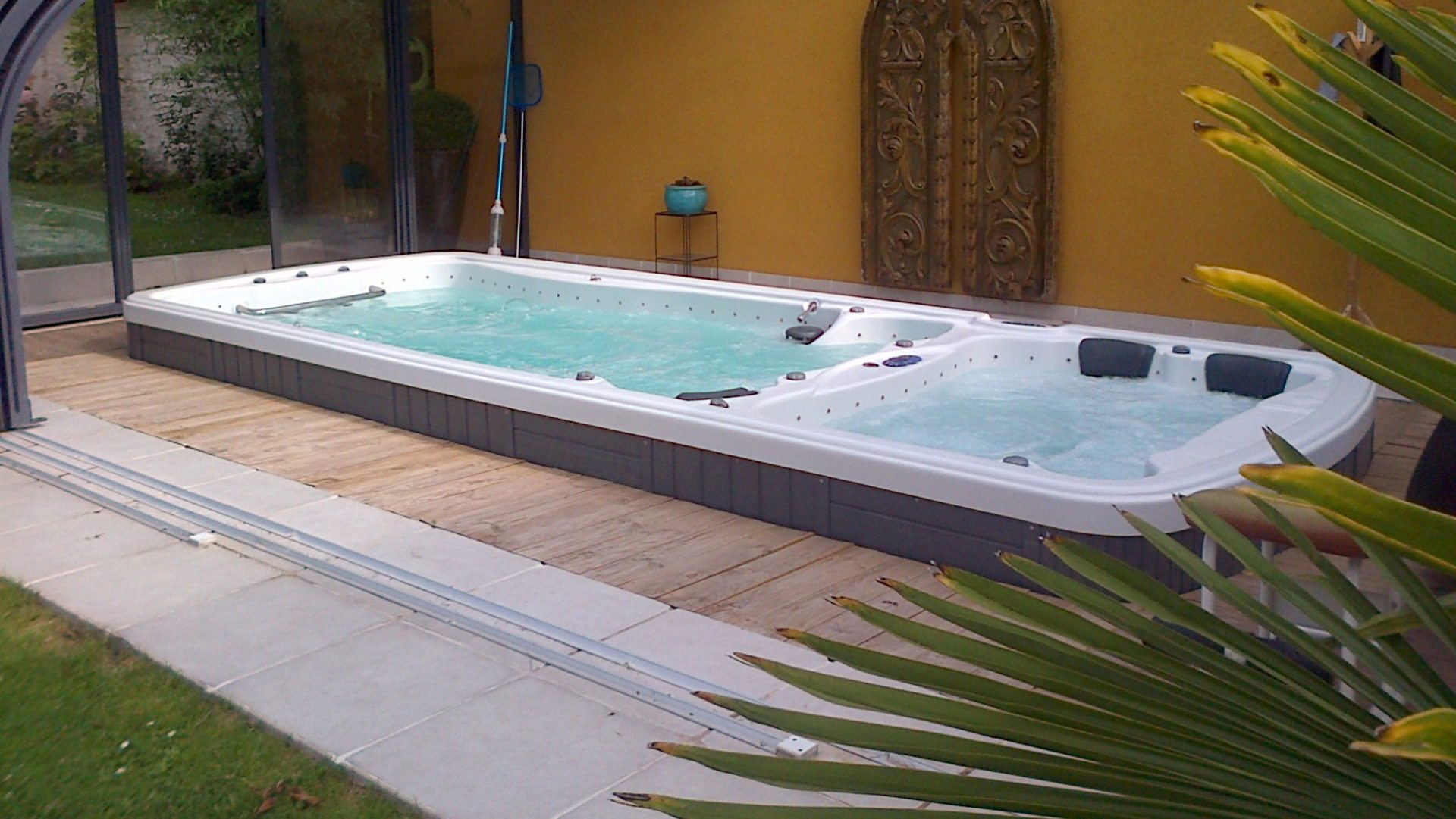 blue lagoon spas fabricant de spas spas de nage id es piscine. Black Bedroom Furniture Sets. Home Design Ideas