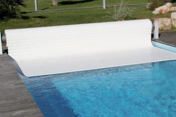 Couverture de piscine automatique hors-sol
