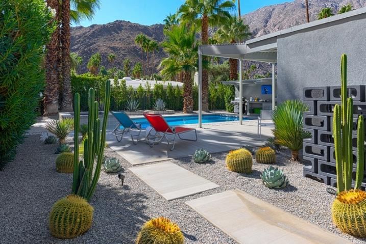 intégrer la piscine au jardin
