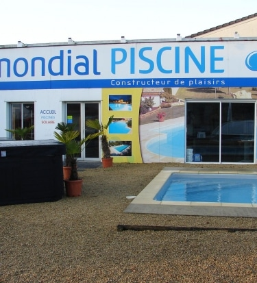franchise-piscine-mondial