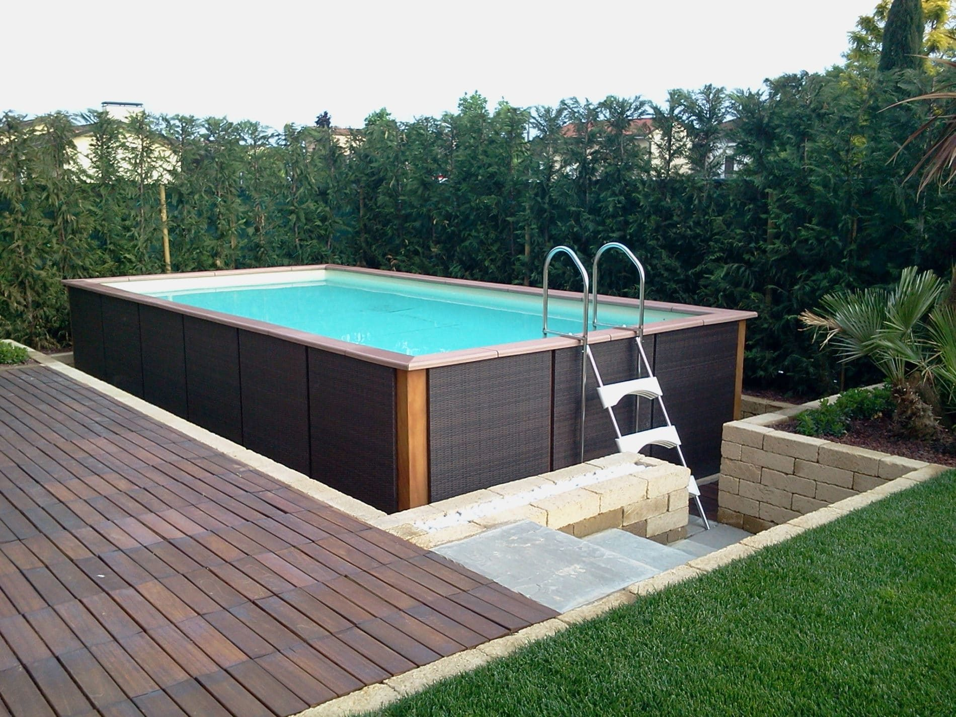 fluidra acquiert les piscines hors sol laghetto id es piscine. Black Bedroom Furniture Sets. Home Design Ideas