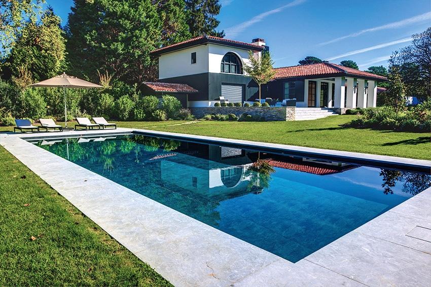 Implantation de la piscine : nos conseils pour bien la choisir