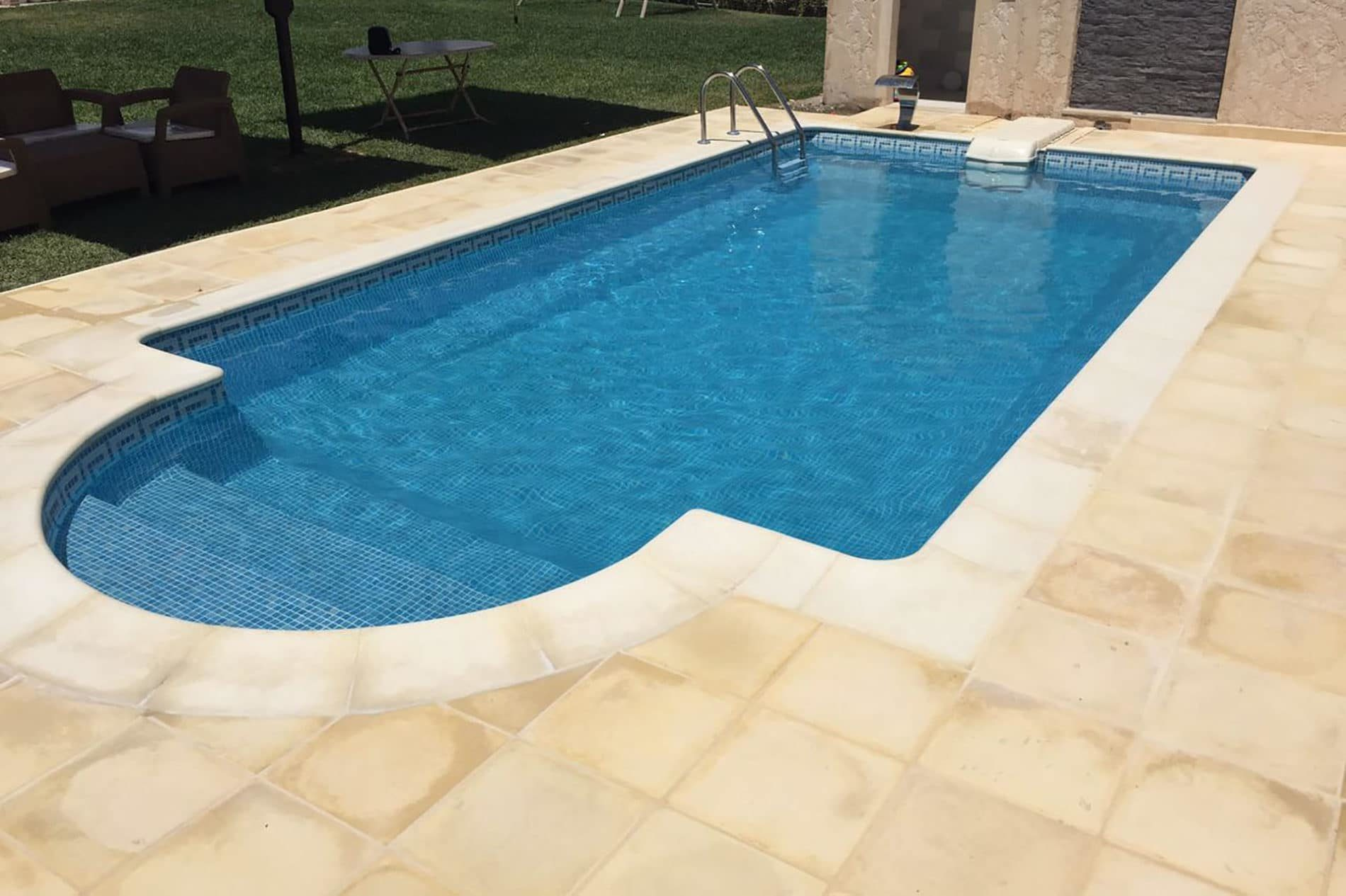 Peut-on poser de la mosaique sur une piscine coque ? | Idées Piscine