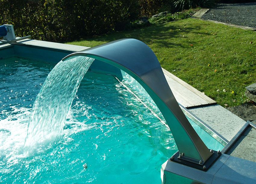 Les cascades et lames d 39 eau pour piscine id es piscine - Cascade pour piscine ...