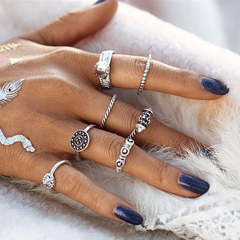 Σετ 8 Ασημί Δαχτυλίδια Boho σε Διάφορα Σχέδια - ACCESSORISTA eaf5ba645f2