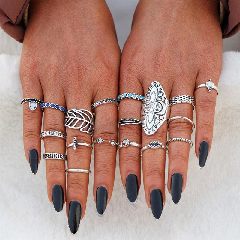 Σετ 18 Δαχτυλίδια Bohemian Silver Shield