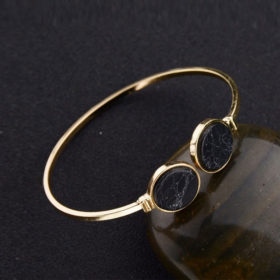 Χρυσό βραχιόλι circle & marble effect σε μαύρο χρώμα