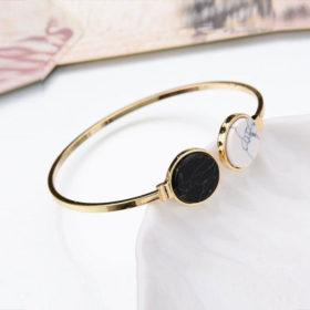 Χρυσό βραχιόλι circle & marble effect σε μαύρο & λευκό χρώμα