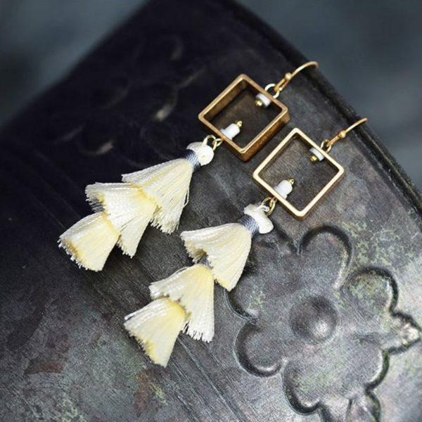 Κρεμαστά Σκουλαρίκια Drop Cube Tassel White/Gold