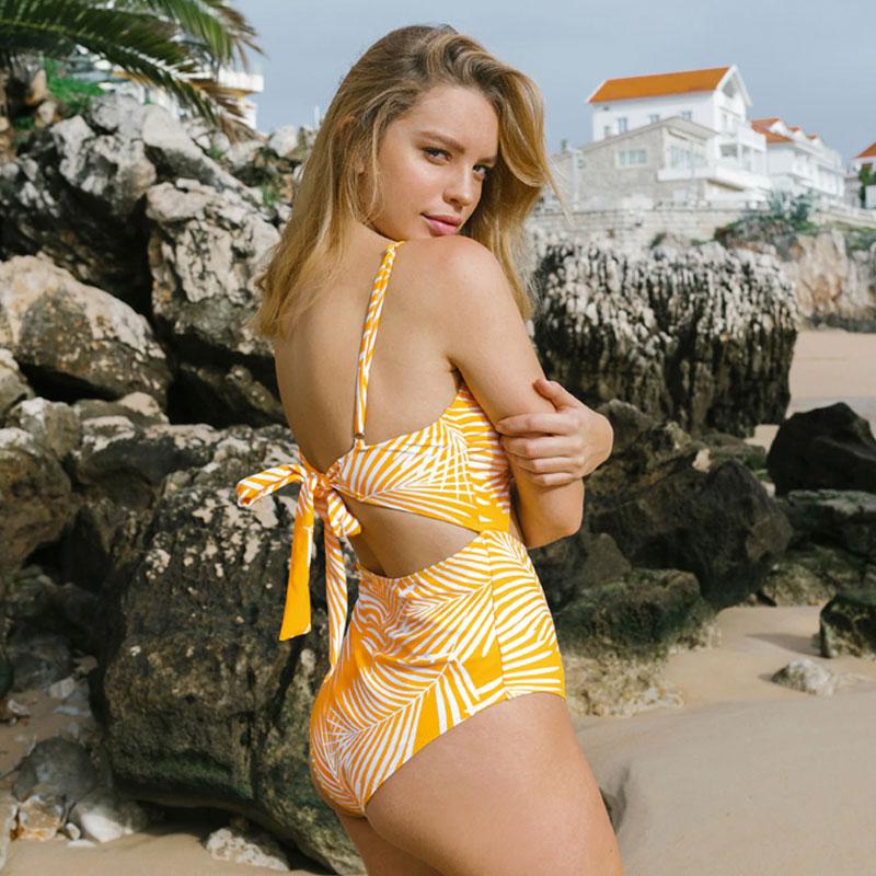 Μαγιό Ολόσωμο Tropical Yellow με Ρυθμιζόμενες Τιράντες - Paradise 2020