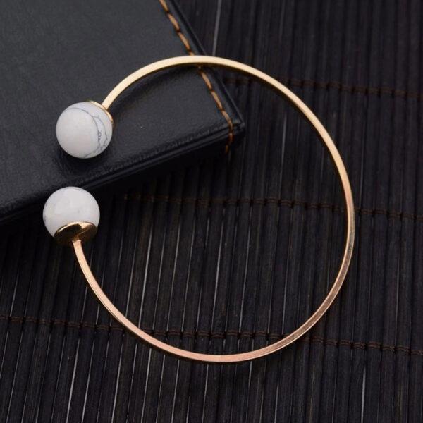 Χρυσό βραχιόλι circle & marble effect σε λευκό χρώμα