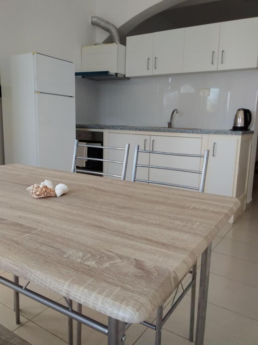 Estoril Kite Beach Apartments